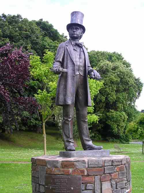 Isambard Kingdom Brunel Statue